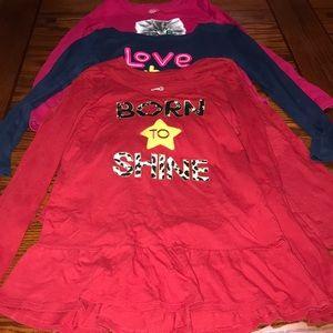 Girl's Shirt Bundle Size M (7-8)